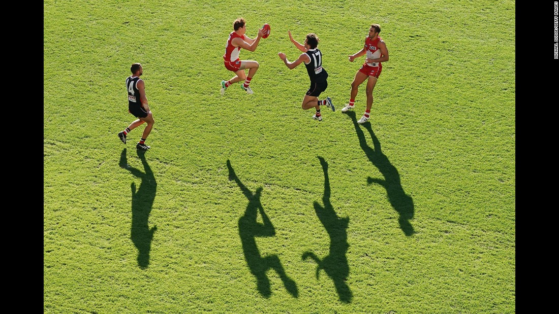 Sydney's Gary Rohan marks the ball during an Australian Football League match against St. Kilda on Saturday, May 20.