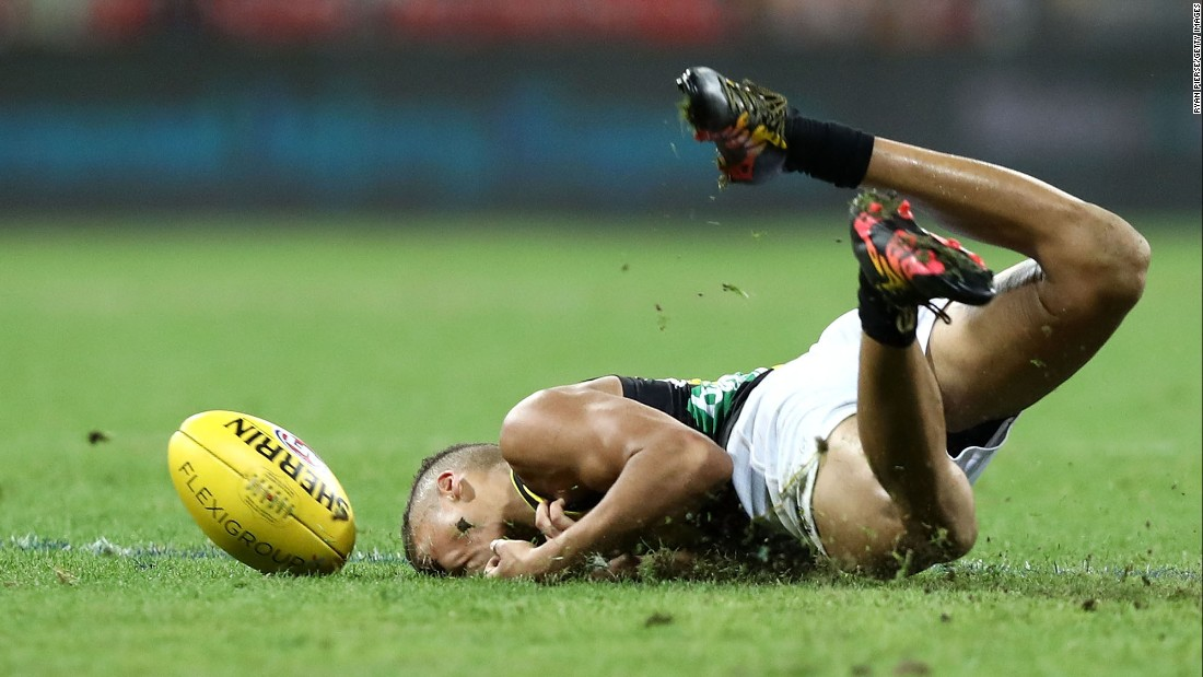 Richmond's Shai Bolton drops a mark during an Australian Football League match in Sydney on Saturday, May 20.