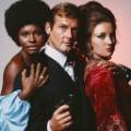 01 roger moore obit RESTRICTED