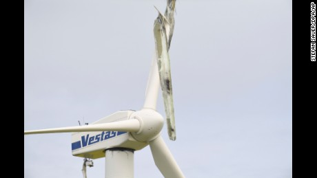 A snapped-off rotor blade'seen on a wind turbine near Dargelin, Germany, 17 May 2017. The damage was presumably caused by a lightning strike on 15 May 2017.
