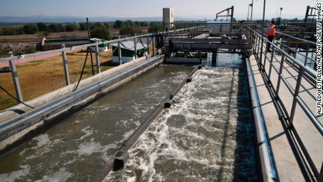 View of a water treatment plant of French-based company Suez Environment in San Luis Potosi, Mexico, on February 3, 2017. / AFP PHOTO / ALFREDO ESTRELLA        (Photo credit should read ALFREDO ESTRELLA/AFP/Getty Images)
