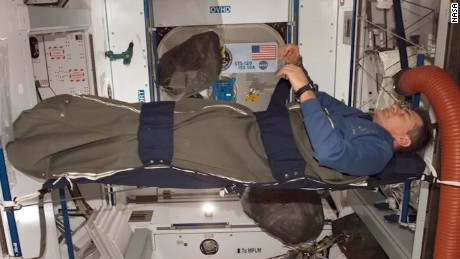 Astronauts struggle to sleep among the stars