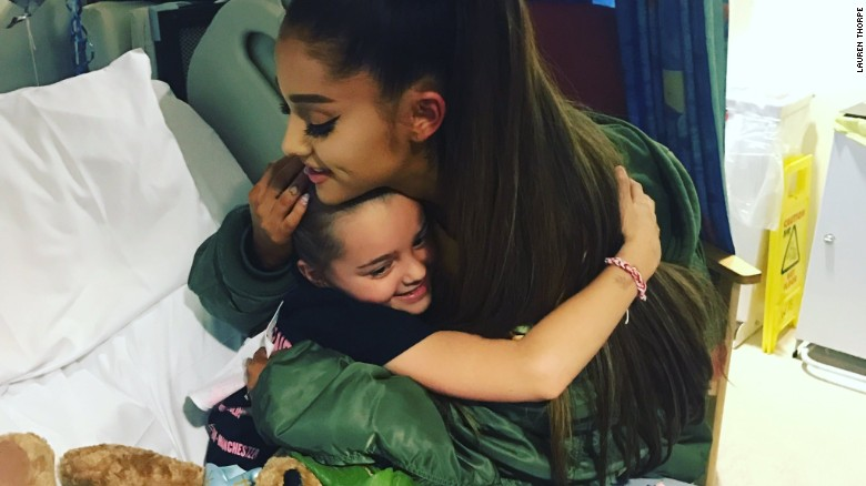 Grande visits victims at Manchester hospital