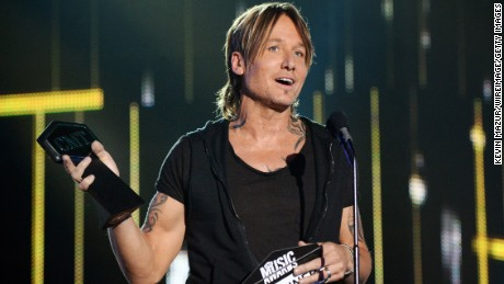 Keith Urban accepts the Male Video of the Year Award onstage at the 2017 CMT Music Awards at the Music City Center on June 7, 2017 in Nashville, Tennessee.