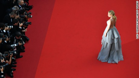 German actress Diane Kruger poses as she arrives on May 23, 2017 for the '70th Anniversary' ceremony of the Cannes Film Festival in Cannes, southern France.  / AFP PHOTO / LOIC VENANCE        (Photo credit should read LOIC VENANCE/AFP/Getty Images)