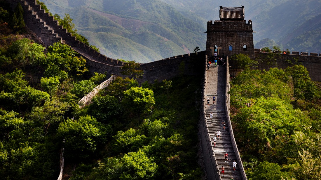 The Great Wall of China is one of the world's most iconic tourist destinations, attracting 10 million visitors each year. Few, however, would dare to run a marathon on it...