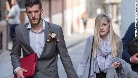 Pope, Trump offer support to parents of dying child Charlie Gard