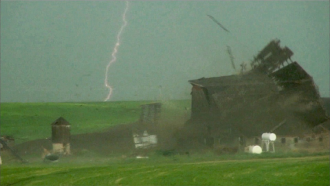 Tornado rips barn to shreds in seconds
