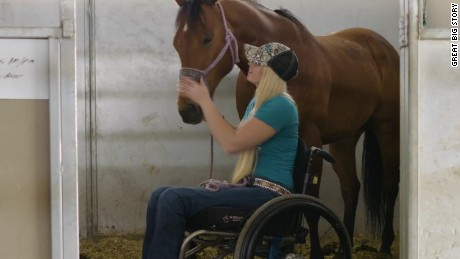 gbs paralyzed barrel racer_00015803