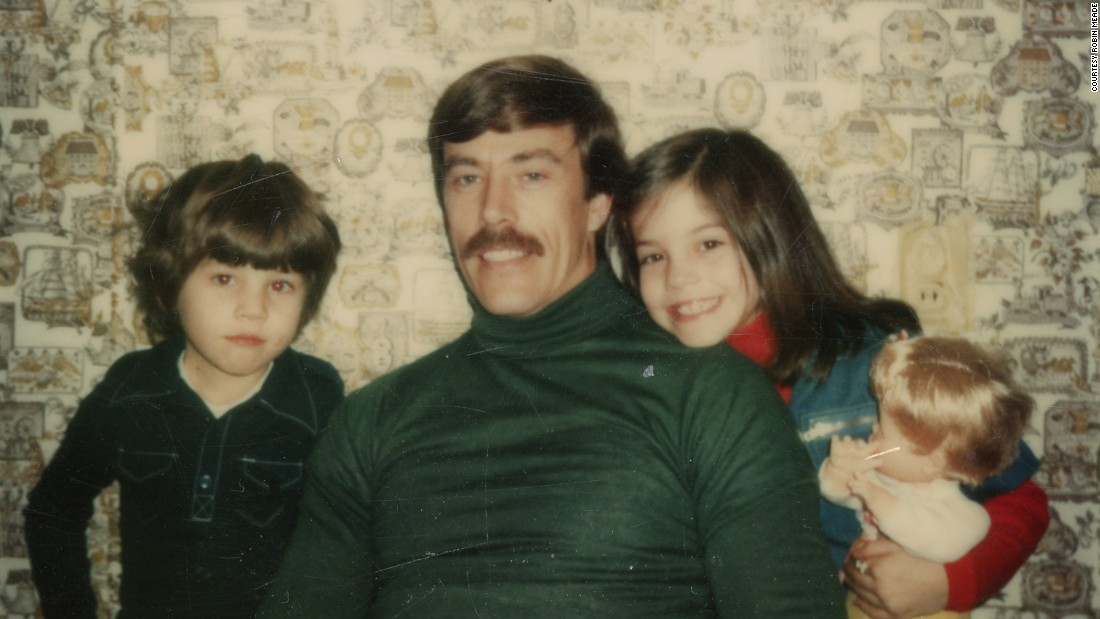 "HLN's ""Morning Express"" host Robin Meade, right, with her father, Linro Meade, and her brother in 1977, New London, Ohio."
