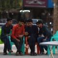 pakistan fans watch match