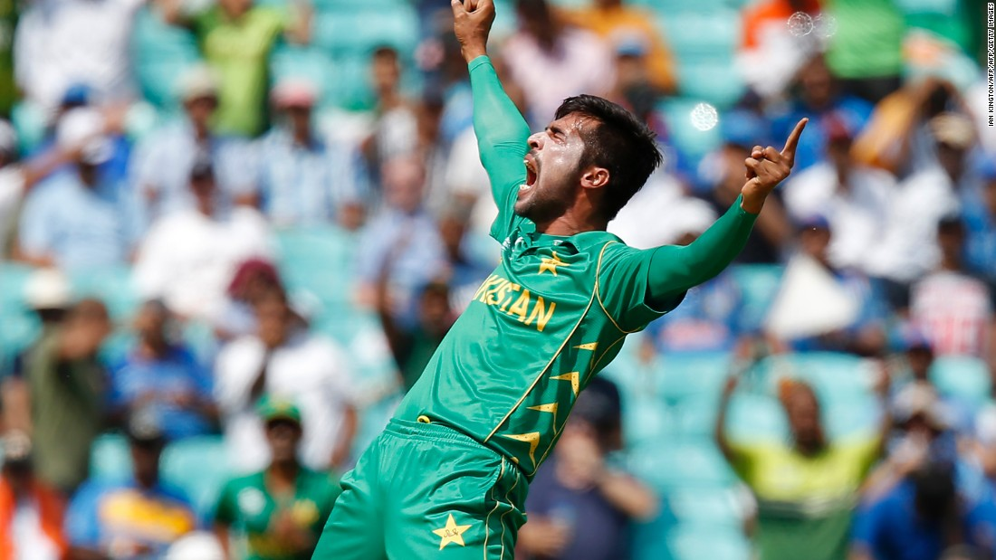 Pakistan's Mohammad Amir tore through India's top order to help reduce the defending champions to 54-5.