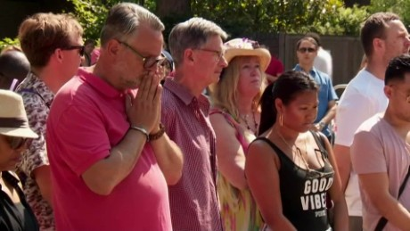 London moment of silence for grenfell fire victims_00004106.jpg