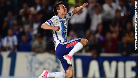 Mexico's Pachuca player Hirving Rodrigo Lozano celebrates his goal against FC Dallas of the US, during their CONCACAF Champions League semifinal football match at the Miguel Hidalgo stadium in Pachuca, Hidalgo State, on April 4, 2017. / AFP PHOTO / RONALDO SCHEMIDT        (Photo credit should read RONALDO SCHEMIDT/AFP/Getty Images)