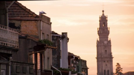 explore parts unknown porto sneak peak_00000000