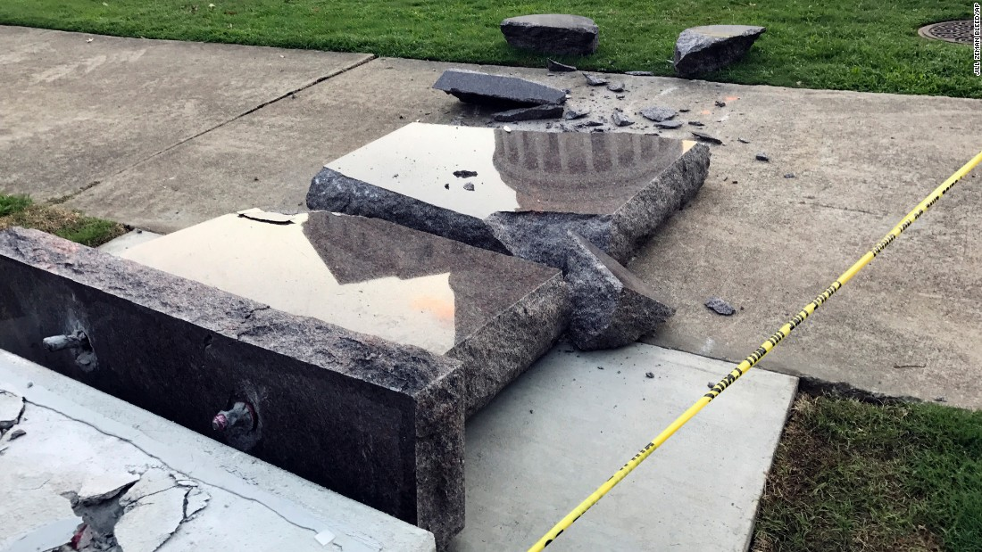 Bond set for man accused of destroying Ten Commandments monument