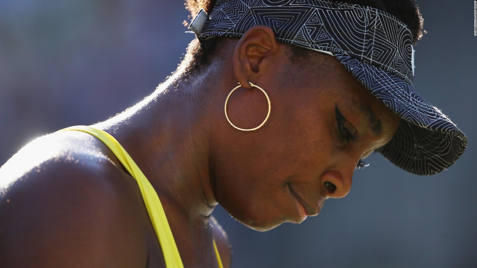 Venus Williams at fault in fatal crash victim s family sues CNN