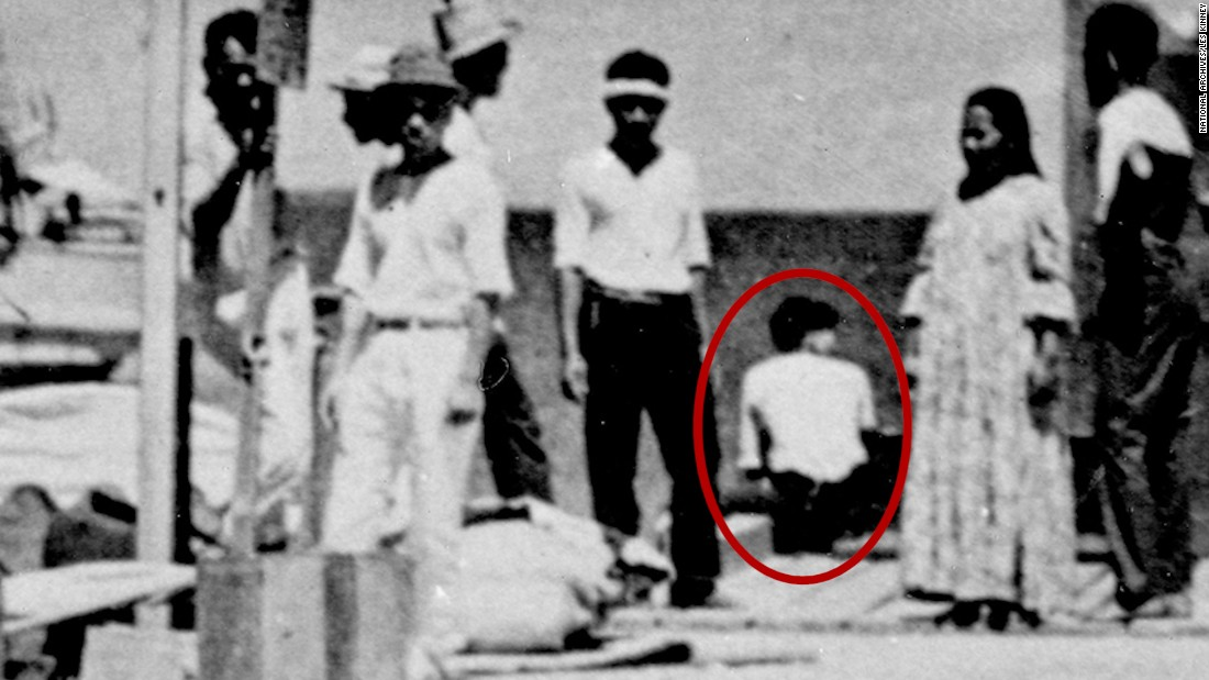 Amelia Earhart Mystery Photo Appears Taken 2 Years Before