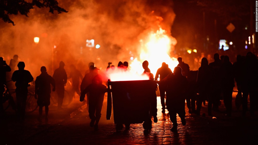 Protesters erect burning barricades in front of the Rote Flora, a left-wing cultural center, on July 6 in Hamburg.