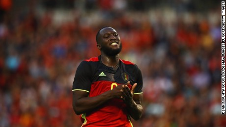 BRUSSELS, BELGIUM - JUNE 05:  Romelu Lukaku of Belgium in action during the International Friendly match between Belgium and Czech Republic at Stade Roi Baudouis on June 5, 2017 in Brussels, Belgium.  (Photo by Dean Mouhtaropoulos/Getty Images)