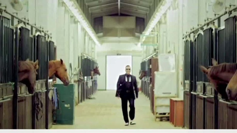 gangnam style loses top video crown_00001722