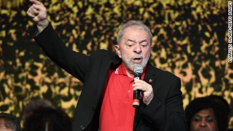 Brazilian former presidents Luiz Inacio Lula Da Silva delivers a speech during the Workers Party National Congress to elect its new president, in Brasilia on June 1, 2017.