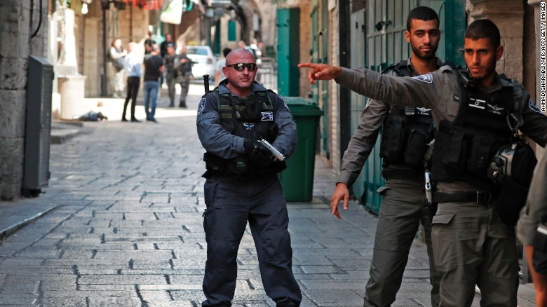 Police: 2 officers killed in Jerusalem attack