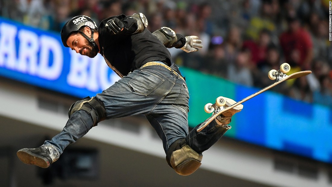 Bob Burnquist loses control of his board during the big air finals at the X Games in Minneapolis on Saturday, July 15.