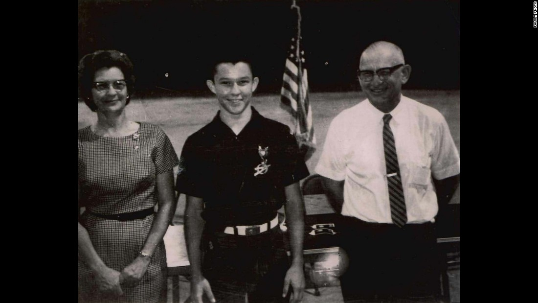 Sessions became an Eagle Scout as a young man. He also served in the US Army Reserve from 1973-1986.