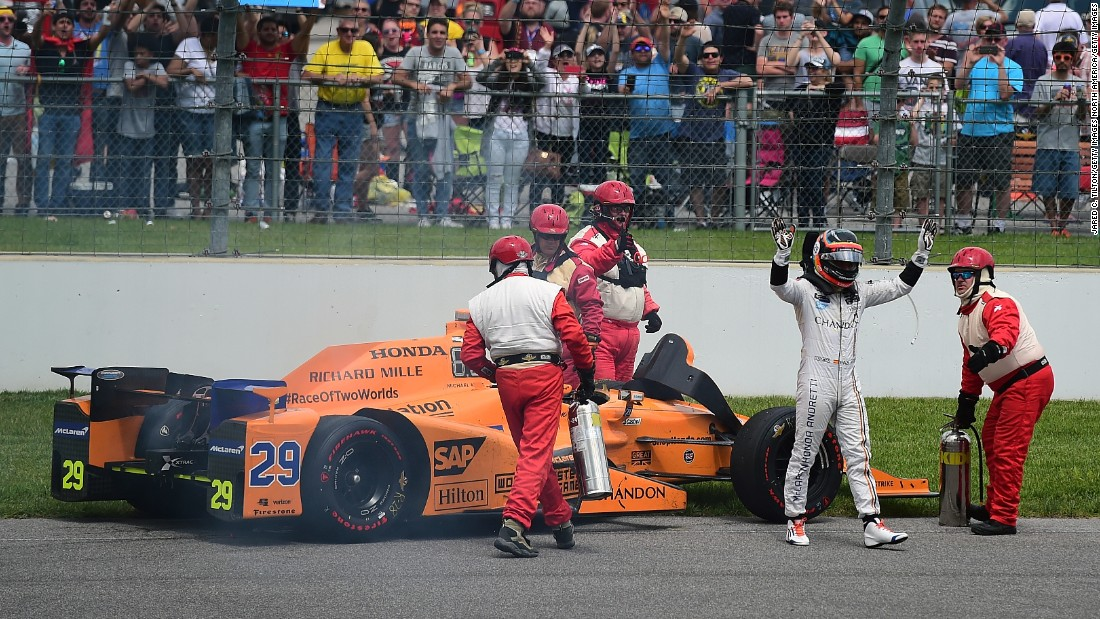 The Spaniard, who had never raced on oval circuits was in contention as the 200-lap race reached the closing stages before disaster struck with 21 laps remaining as a engine failure forced him to retire. <br />