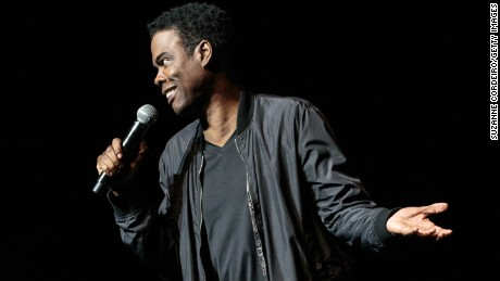 US actor/comedian Chris Rock performs onstage during the Total Blackout Tour at Bass Concert Hall on May 15, 2017 in Austin, Texas. / AFP PHOTO / SUZANNE CORDEIRO        (Photo credit should read SUZANNE CORDEIRO/AFP/Getty Images)
