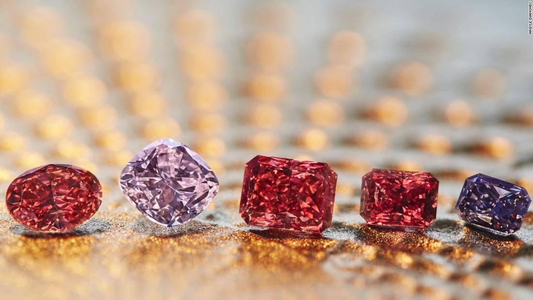 Record breaking colored diamonds Style