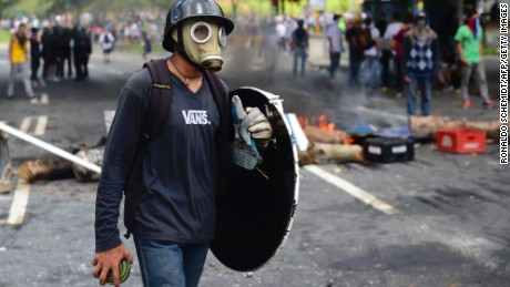 Violent protests over Venezuelan election