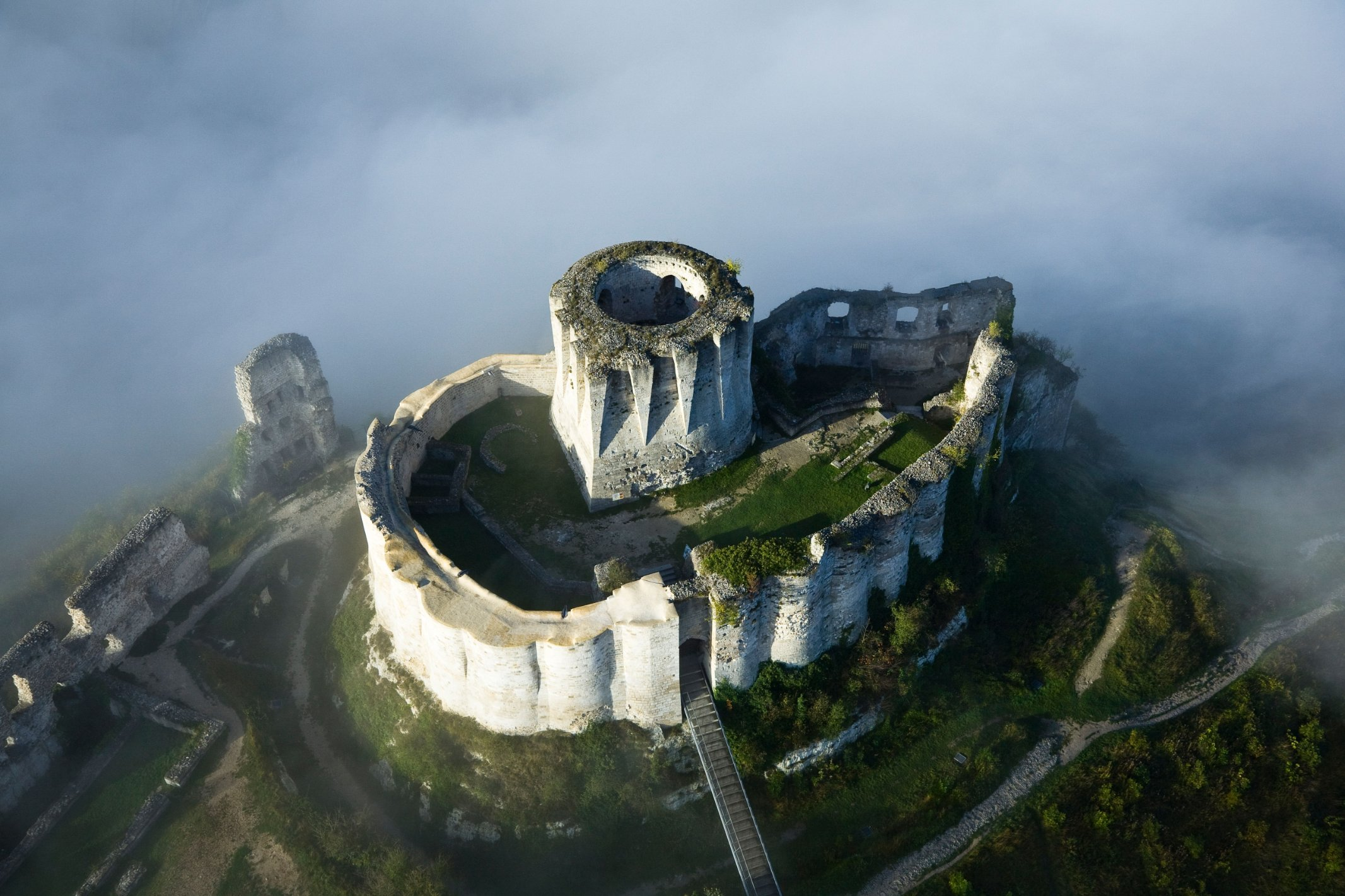Abandoned castles around the world | CNN Travel