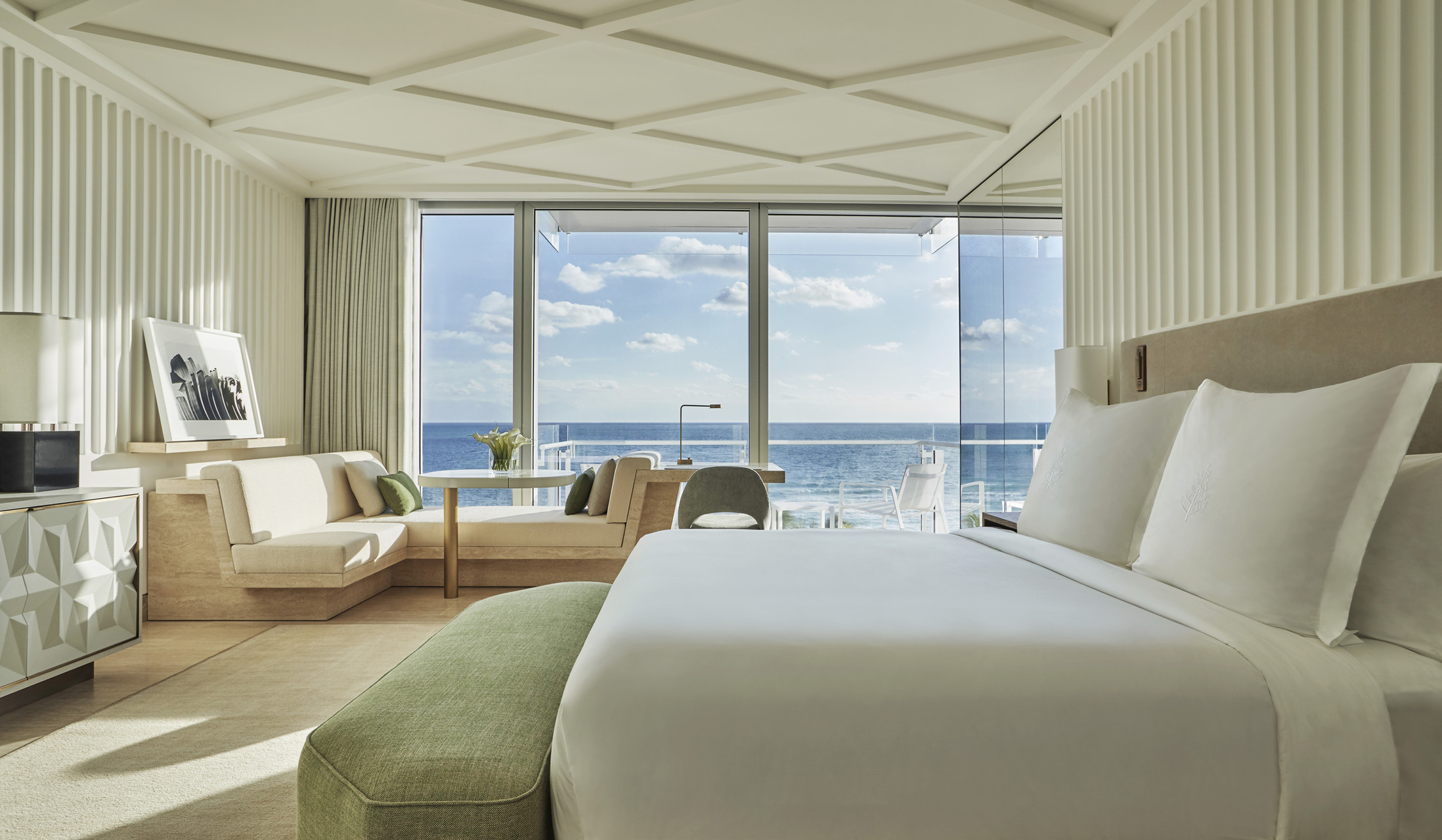 Four Seasons Surf Club In Miami Evokes Bygone Glamour