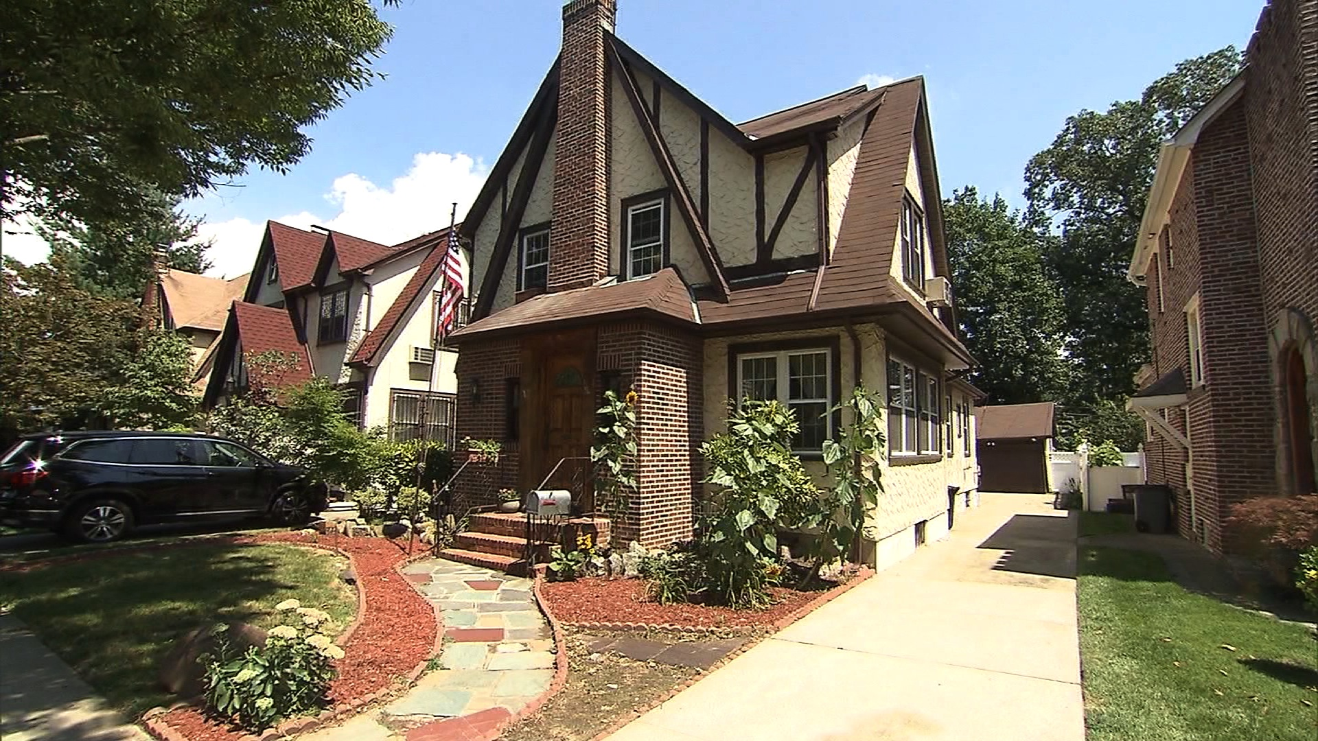 You can stay in Trumps childhood home CNN Video