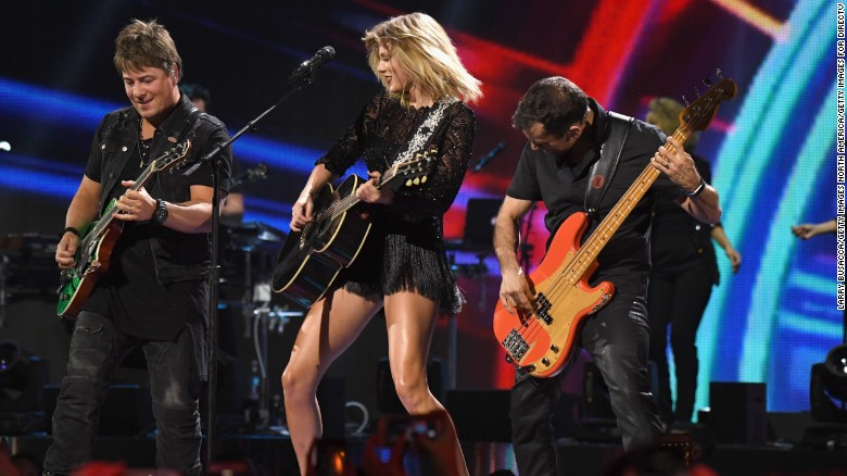 Judge drops Taylor Swift from ex-DJ's lawsuit