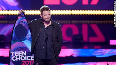 "Chris Pratt acceptsthe  Choice Sci-Fi Movie Actor for ""Guardians of the Galaxy Vol. 2"" during the Teen Choice Awards 2017  at Galen Center on August 13, 2017 in Los Angeles, California."