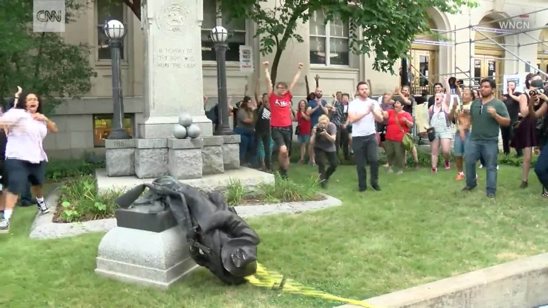 Tennessee county's commissioners vote against raising Confederate flag