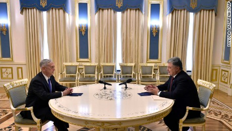 US Defense Secretary James Mattis (left) and Ukrainian President Petro Poroshenko meet in Kiev, Ukraine, on Thursday.