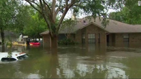 Resident Did This To Escape The Texas Floods Cnn Video