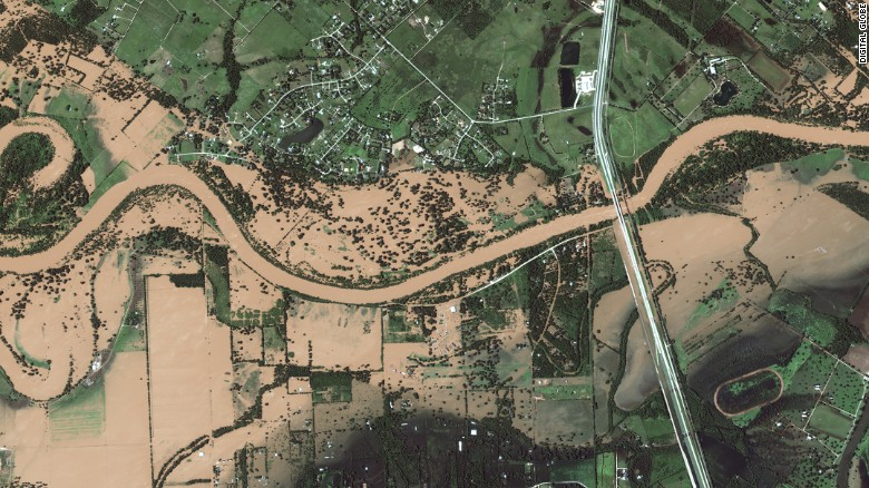 Texas Satellite Images Show Harveys Impact On Towns CNN - Satellite map of texas