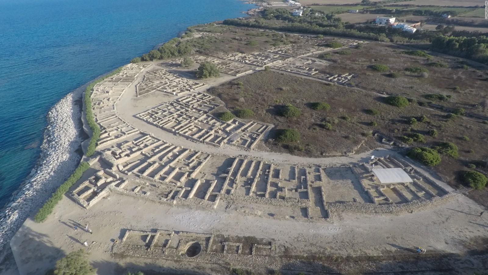 ancient roman city found underwater cnn video