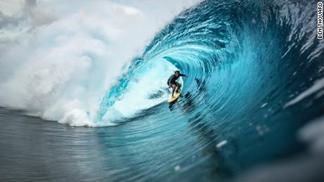 Nic von Rupp arcing his way through a barrel of a wave