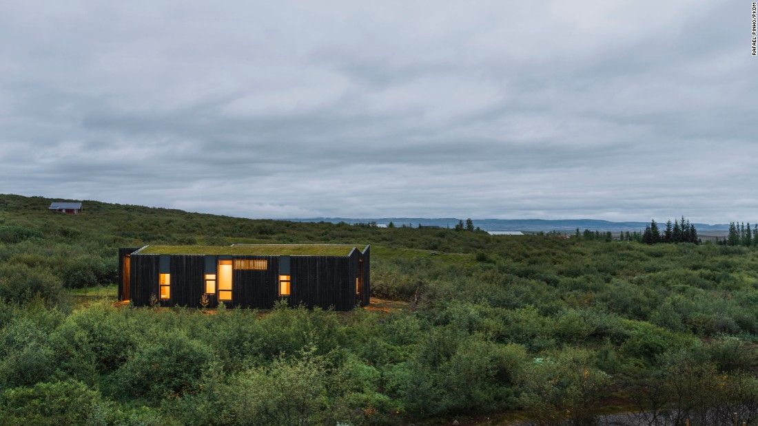 Today many architects are putting contemporary touches on the traditional turf home. Icelandic vacation houses by PKdM Arkitektar present a modern version.