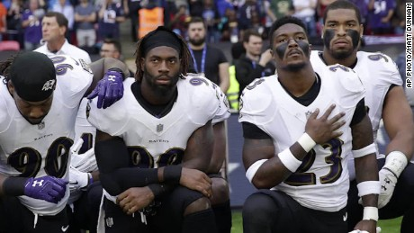 Ravens, Jaguars kneel during national anthem