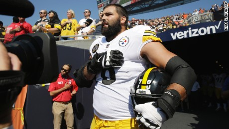 Steeler and ex-Army Ranger Alejandro Villanueva stands outside the tunnel during the national anthem.