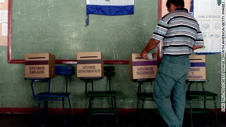 396856 07: A voter casts her ballot at a polling station November 4, 2001 in Managua, Nicaragua. Nicaraguan citizens elected a new president in the country's most closely contested general election between Liberal Party candidate Enrique Bolanos and Sandinista Front leader Daniel Ortega. (Photo by Max Trujillo/Getty Images)
