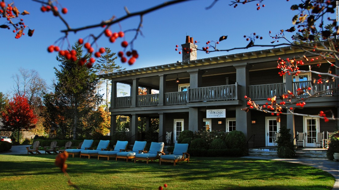 Luxury fall getaways: 9 places to stay in the United States
