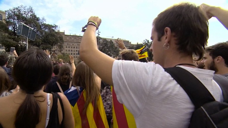 spain catalonia tensions soares pkg_00011509